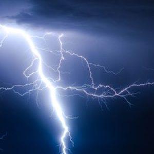lightning-768800__340